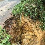 Erosão ameaça estrada entre Marques e Palhano